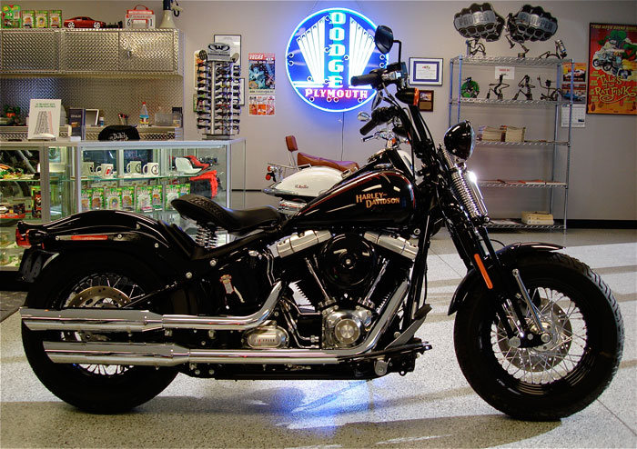 IT IS SURELY THE BEST LOOKING MOTORCYCLE HARLEY-DAVIDSON HAS RELEASED IN  MANY 7c7205333ad