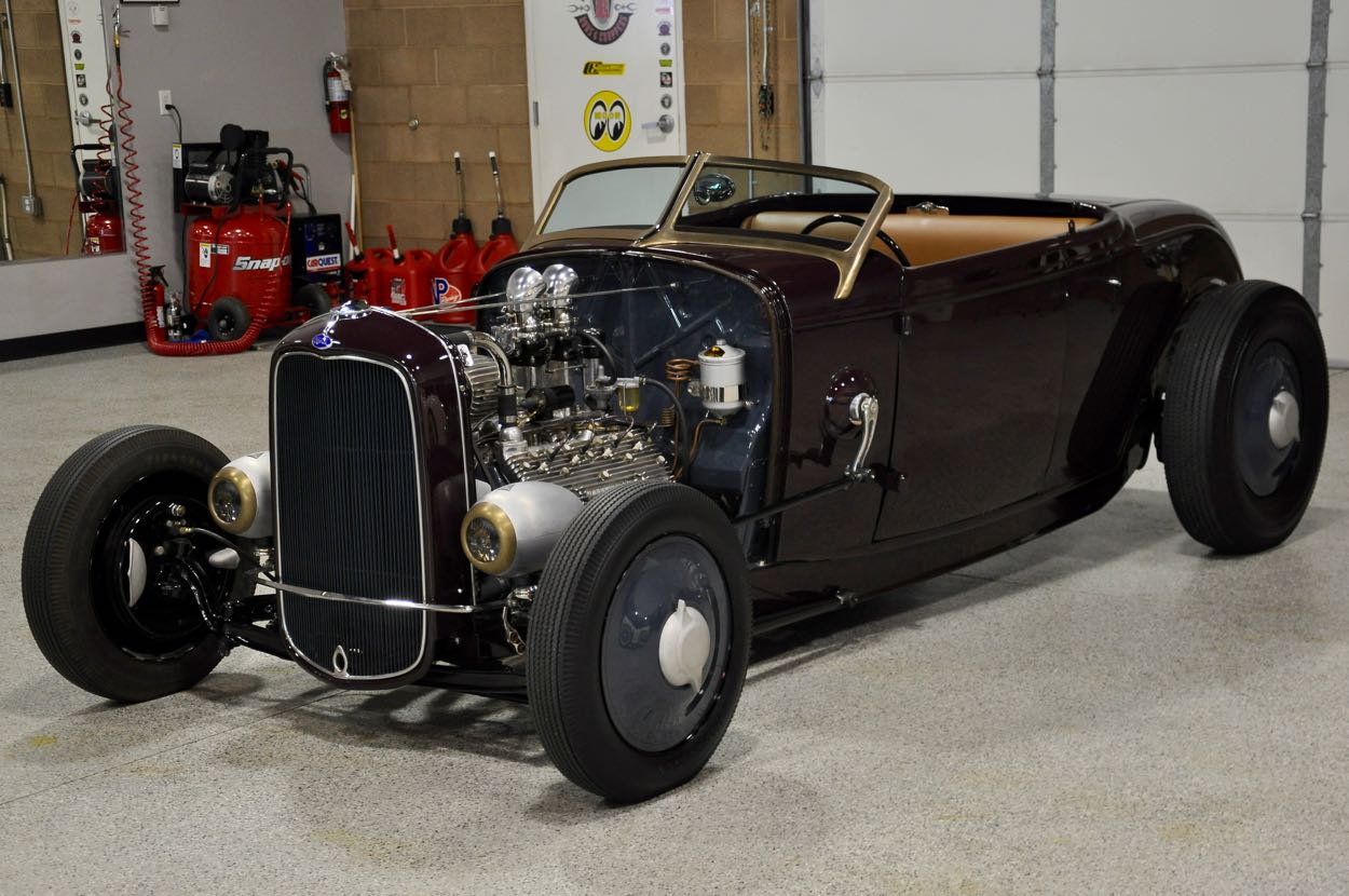 Jesse James\' 1932 Ford Dry Lakes Roadster   Red Hills Rods and ...