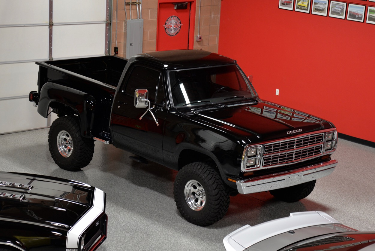 1979 dodge power wagon 4x4 red hills rods and choppers. Black Bedroom Furniture Sets. Home Design Ideas