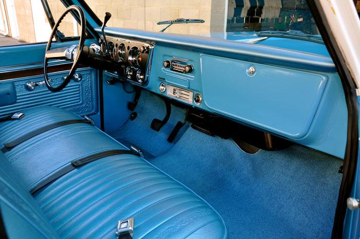 1971 Chevy C10 Bench Seat